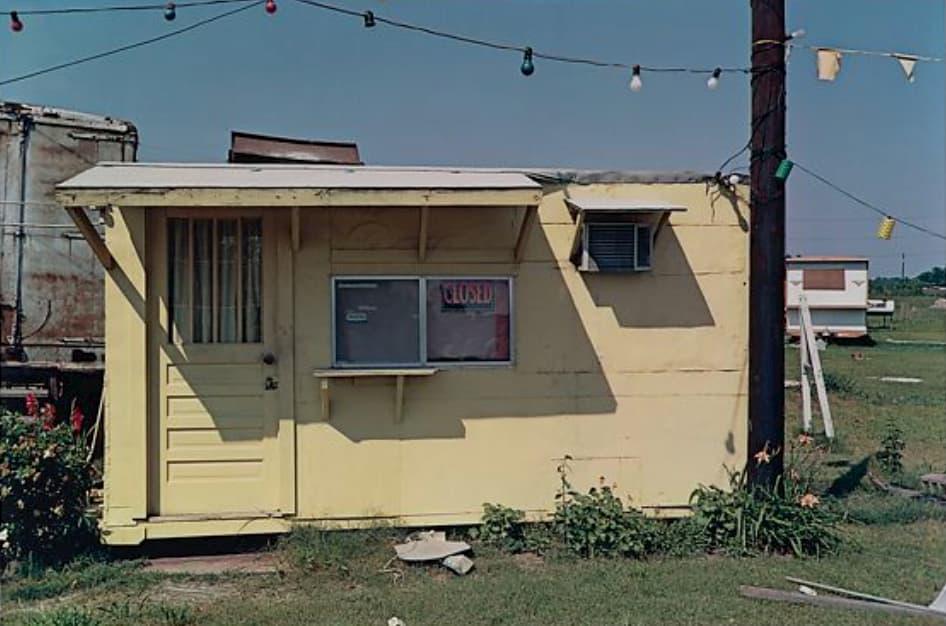 william eggleston : maison jaune