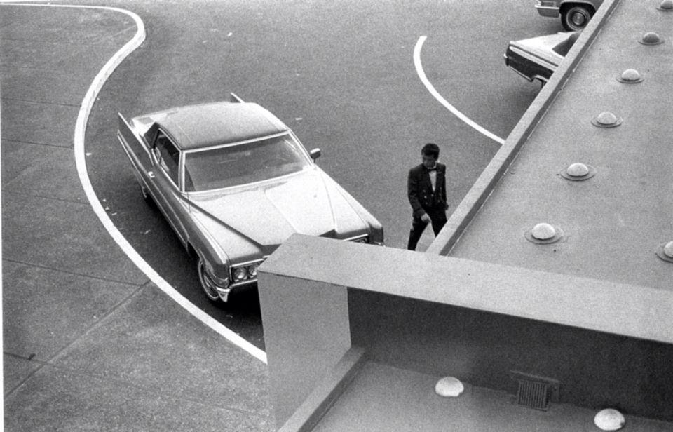Une photo de William Eggleston qui semble imiter une photo d'Henri Cartier-Bresson