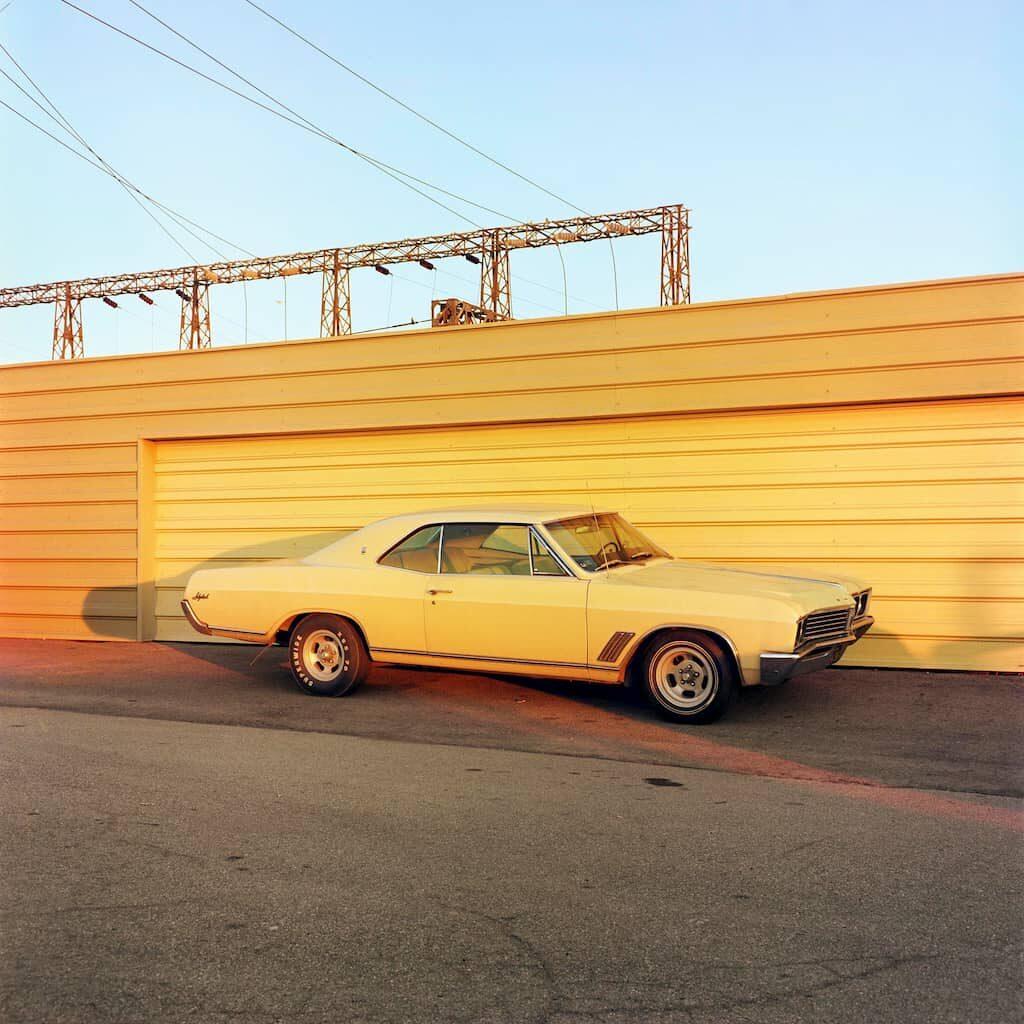 William Eggleston livre 2 1/4 voiture jaune