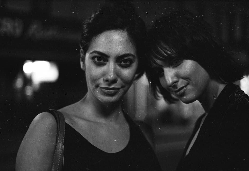 Photo de Khalik Allah : deux jolies filles